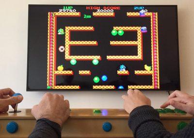 retro-gamer-jr-troy-baverstock-designs-game